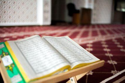 afiq-fatah-xblw4PBIlAk-unsplash